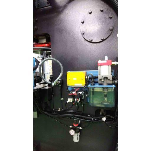 油圧ユニット